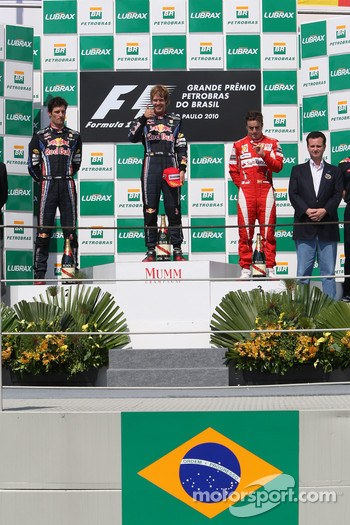 Podium: race winner Sebastian Vettel, Red Bull Racing, second place Mark Webber, Red Bull Racing, third place Fernando Alonso, Scuderia Ferrari