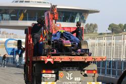 Jaime Alguersuari, Scuderia Toro Rosso stopped on the circuit