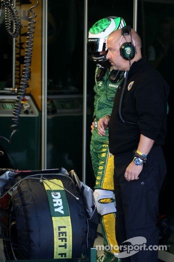 Heikki Kovalainen, Team Lotus and Mike Gascoyne, Team Lotus project manager