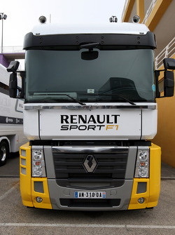 The truck of Lotus Renault GP