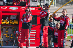 Crew members for Tony Stewart, Stewart-Haas Racing Chevrolet