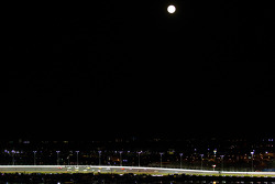 Pace laps uner a full moon