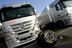 Pirelli tyres, McLaren Mercedes trucks