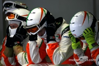 Force India F1 Team mechanics