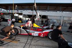 Pit stop practice for #2 Audi Sport Team Joest Audi R15+: Rinaldo Capello, Tom Kristensen, Allan McNish