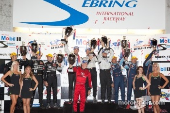 P2 podium: class winners Scott Tucker, Ryan Hunter-Reay and Luis Diaz, second place Franck Mailleux, Lucas Ordonez and Soheil Ayari, third place Andrea Barlesi, Frederic Da Rocha and Patrice Lafargue