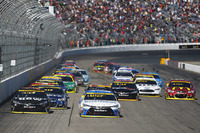 NASCAR Sprint-Cup Fotos - Start: Carl Edwards, Joe Gibbs Racing, Toyota, führt