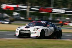 #21 Jamie Campbell-Walter, David Brabham; Nissan GT-R; Sumo Power GT