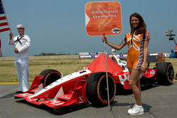 Grid girl of Cristiano da Matta
