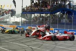 Start: Cristiano da Matta on top of Justin Wilson while Jimmy Vasser is involved in the crash