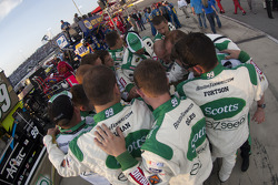 The Roush Fenway crew