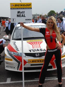 Matt Neal, Honda RacingGrid girl