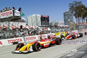 Sbastien Bourdais takes the green flag at the start