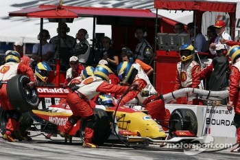 Sbastien Bourdais pits