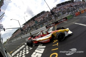 Sbastien Bourdais takes the checkered flag