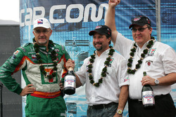 Kim Green and Michael Andretti celebrate championship