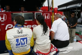 Vitor Meira, Danica Patrick and Bobby Rahal