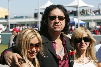 Gene Simmons in charming company