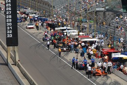 Pit road activity