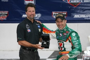 Winners circle: Tony Kanaan and Michael Andretti
