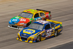 Martin Truex Jr., Michael Waltrip Racing Toyota and Kyle Busch, Joe Gibbs Racing Toyota