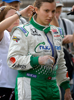 Simona de Silvestro, Nuclear Clean Air Energy HVM Racing climbs back in her backup car after her crash on Thursday