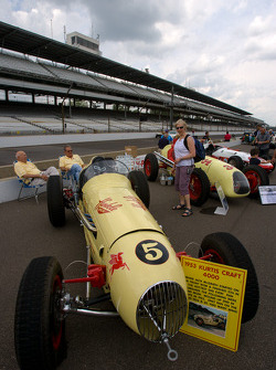 Vintage Indy cars on pitlane