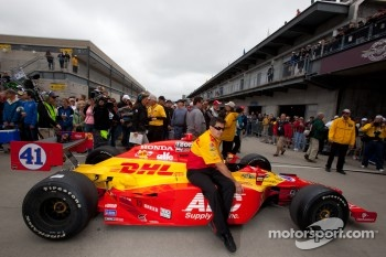 A.J. Foyt Enterprises of Ryan Hunter-Reay heads to victory lane
