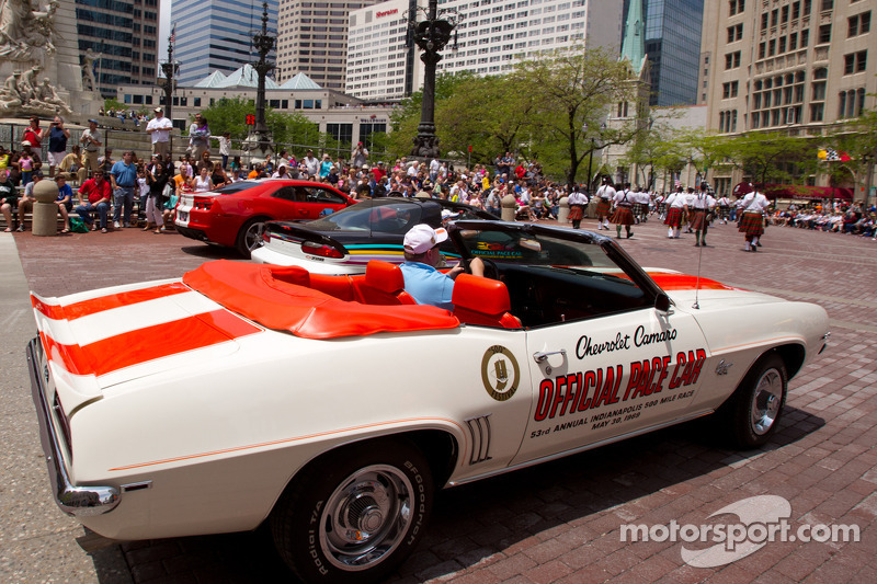 Indy 500 festival parade