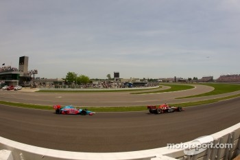 Justin Wilson, Dreyer & Reinbold Racing and John Andretti, Richard Petty / Andretti Autosport