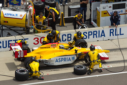 Pit stop for Bertrand Baguette, Rahal Letterman Lanigan