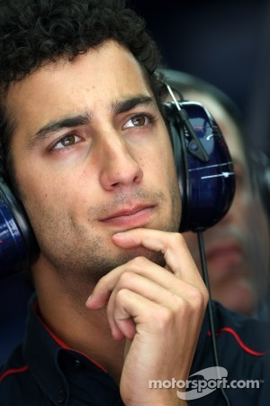 Ricciardo to make his race debut at Silverstone
