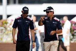 Pastor Maldonado, AT&T Williams and Rubens Barrichello, AT&T Williams