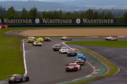 Start: #30 Mamerow / Rowe Racing Mercedes-Benz SLS AMG GT3: Chris Mamerow, Armin Hahne, Pierre Kaffer leads the field