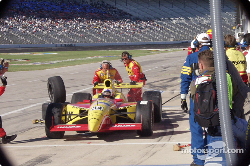 Laurent Redon leaving the pits