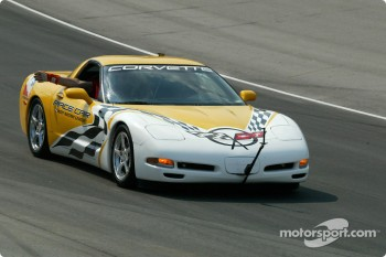 The Corvette pace car during the parade laps