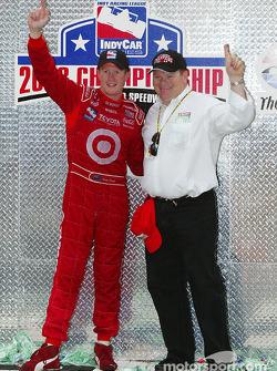 Scott Dixon and Chip Ganassi celebrate championship