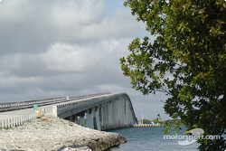Bridge from main land to Key Largo