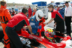 Indy Racing two-seater experience: Dan Wheldon