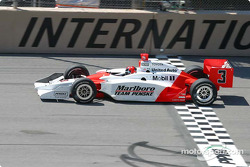 Helio Castroneves at the line