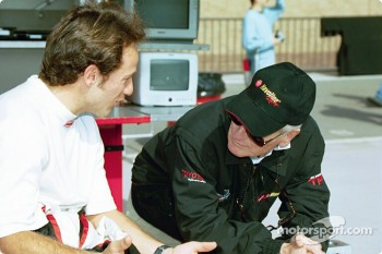 Cristiano da Matta discussing with Paul Newman