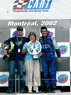 Dario Franchitti celebrating victory with mother Marina and brother Marino