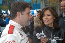 Sean Astin and Bronte Tagliani