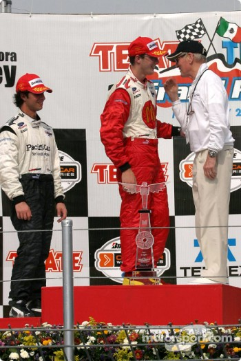 Sébastien Bourdais celebrates with Paul Newman