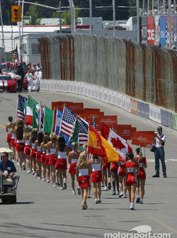 Grid and flag girls on track