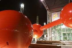 Montréal nightlights: Montréal Science Centre