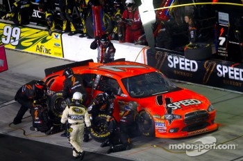 Pit stop for Robby Gordon, Robby Gordon Motorsport Dodge