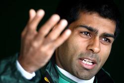 Karun Chandhok, test driver, Lotus F1 Team, Formula 1 World Championship, Rd 09, British Grand Prix, Friday Practice