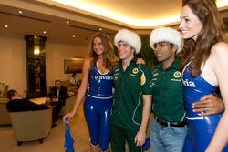 Karun Chandhok, Lotus F1 Team, Luiz Razia, Lotus F1 Team
