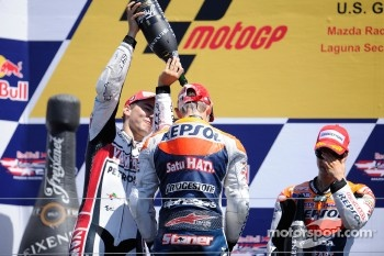 Podium: race winner Casey Stoner, Repsol Honda Team, second place Jorge Lorenzo, Yamaha Factory Racing, third place Dani Pedrosa, Repsol Honda Team